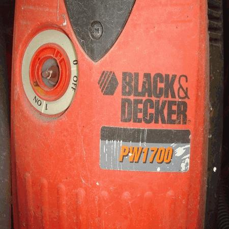 Máquina lavar à pressão Black & Decker PW1700