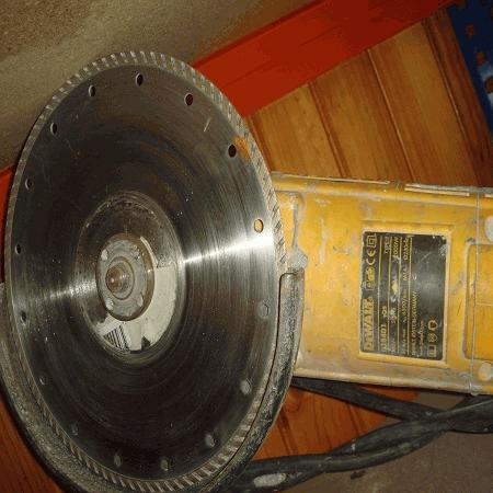 Rebarbadora Dewalt D28401 QS