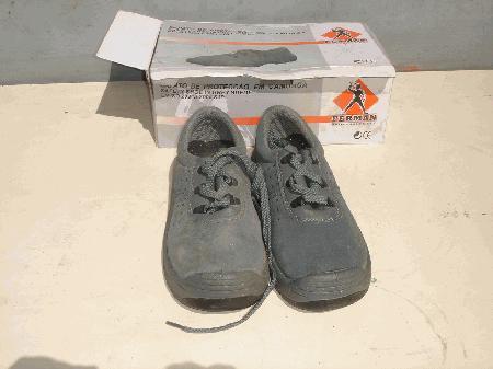 Botas de segurança biqueira de aço, tamanho 39, 36 e 40, NOVAS