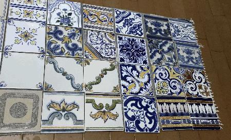 Vários Azulejos antigos 15x15cm